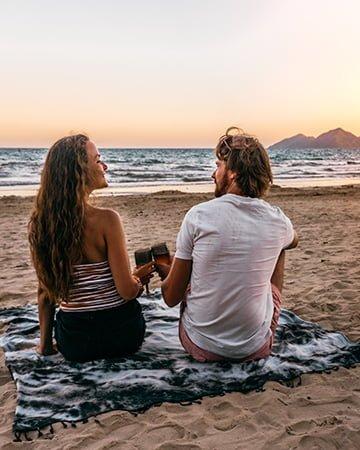 FDN Life Magazine - Meet Digital Nomad Couple Keziah & Sam Holman